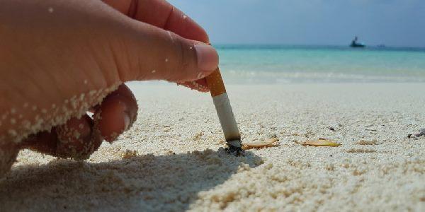 """Due """"posacenere da spiaggia"""" al Lanternino"""
